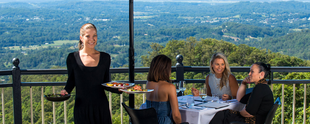 The-Edge-Restaurant-Montville